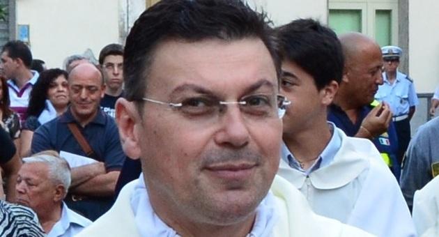 padre Pino Salerno