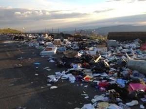 rifiuti sulla strada della vergogna 2