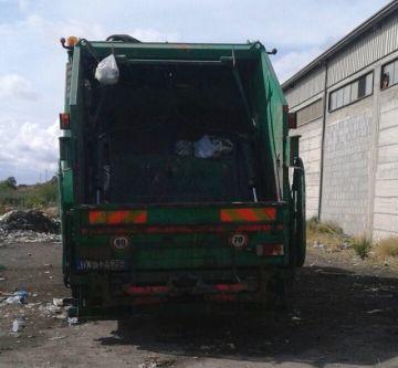 autocompattatore-rifiuti
