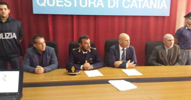 sequestro-armi-arresto-cardillo-conferenza-stampa-questura