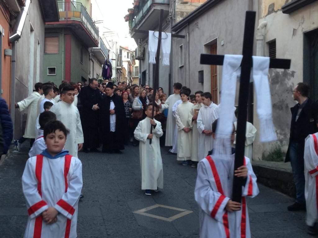processione-dell-addolorata-2015-biancavilla4