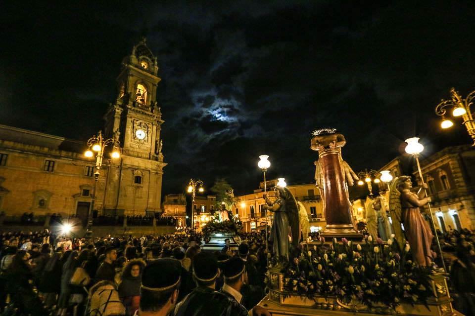 processioni-dei-misteri-2015-biancavilla11