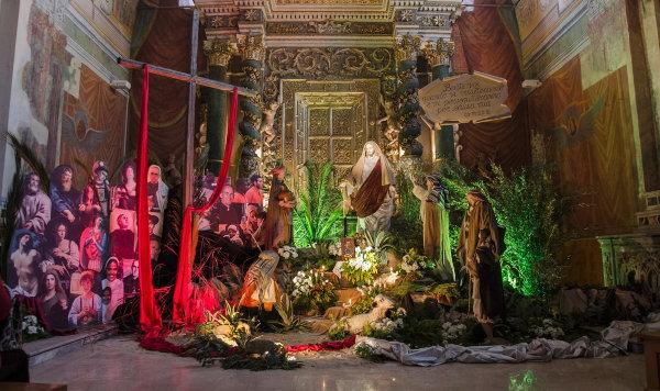 reposizione2015-altare-chiesa-madre3
