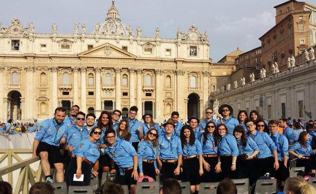 gruppo-scout-biancavilla-in-visita-dal-papa