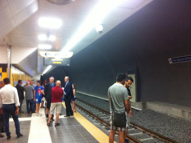inaugurazione-metropolitana-stazione-colombo