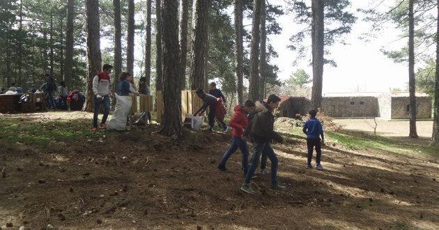 alunni-bruno-ripuliscono-casa-mirio