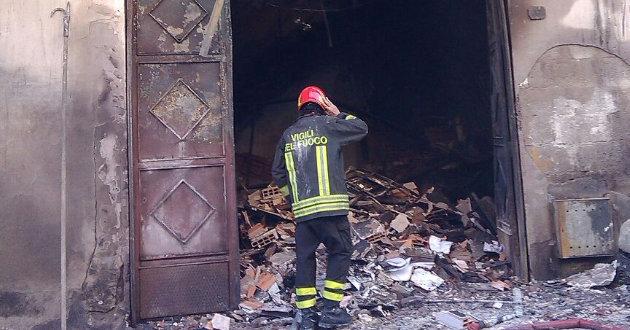incendio-abitazione-via-romania