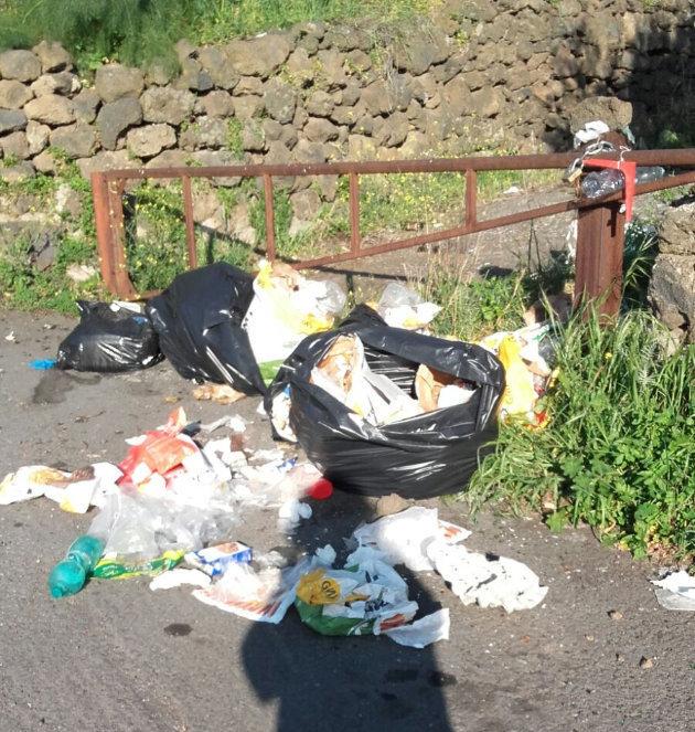 rifiuti-zona-ciccolinusa