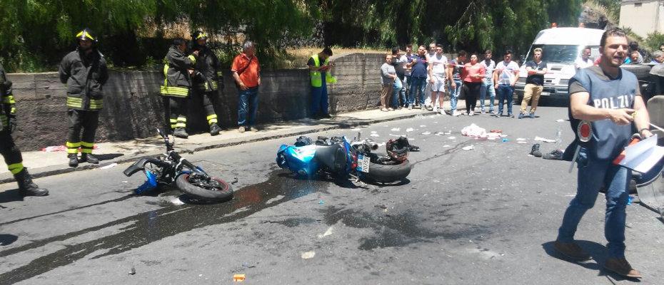 incidente-auto-moto-viale-colombo3