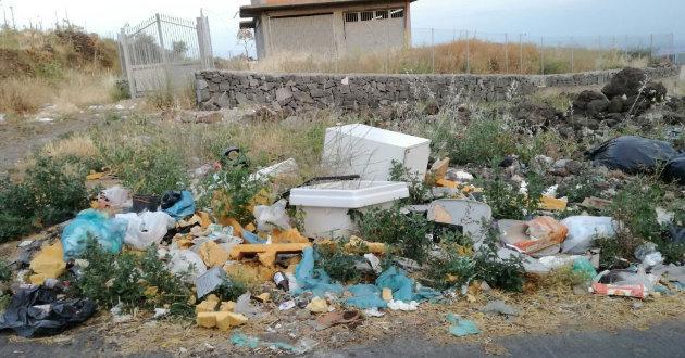 rifiuti-in-via-turchia2