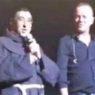 """Fra' Attilio da Biancavilla al concerto di Gigi D'Alessio diventa """"virale"""""""
