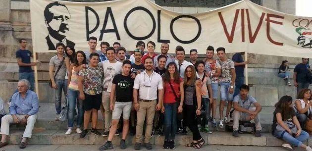Il gruppo biancavillese che ha partecipato alla fiaccolata in ricordo di Paolo Borsellino e degli agenti della scorta
