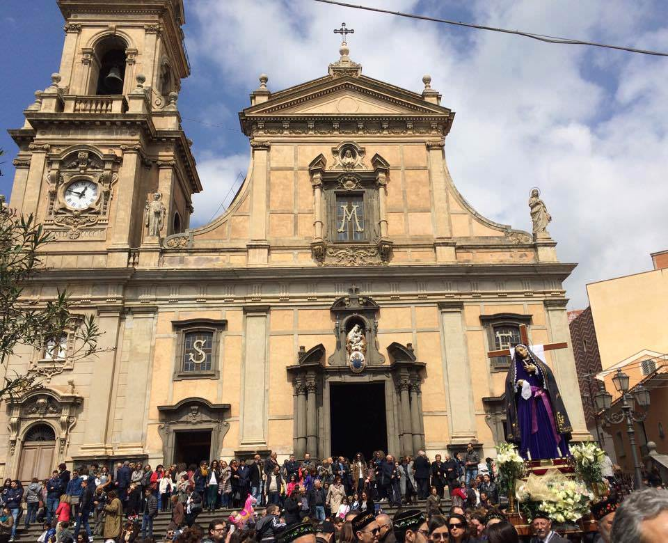 processione-dell-addolorata-2015-biancavilla10