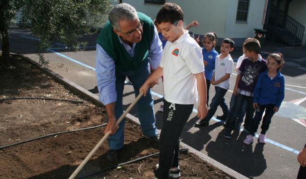 Un orto scolastico al 2° Circolo: la terra come strumento ...